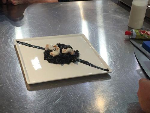 Risotto carnaroli al nero di seppia con gamberi e mozzarella di bufala - Tigros