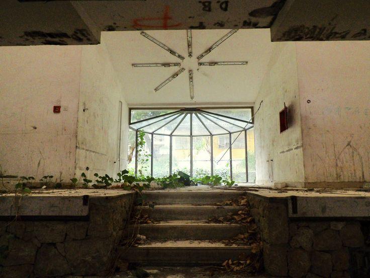 Urban exploration a center for hungarian refugees children in croatia urbex un