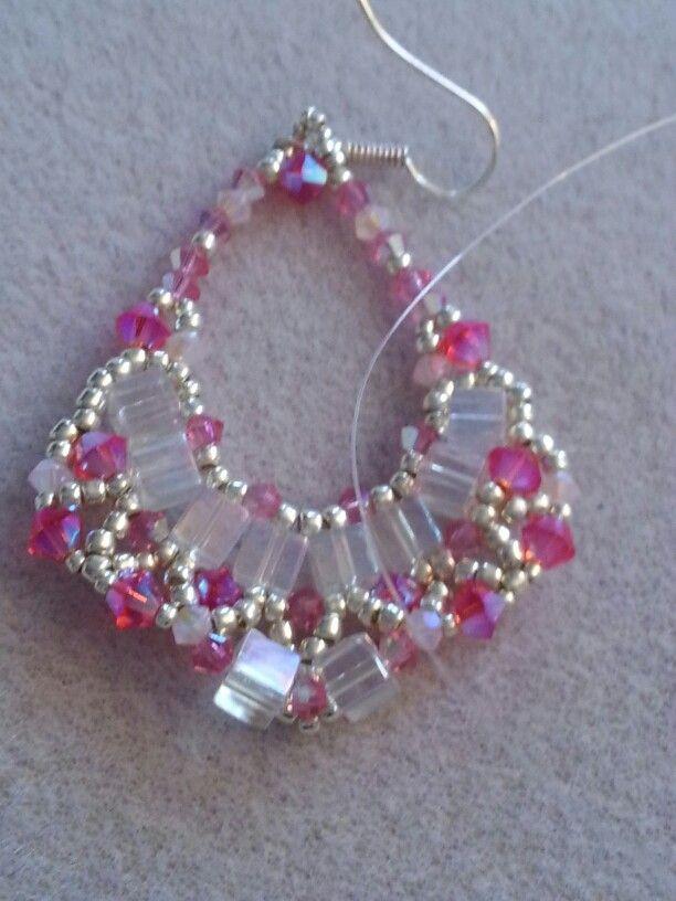 Rózsaszín kocka swari füli