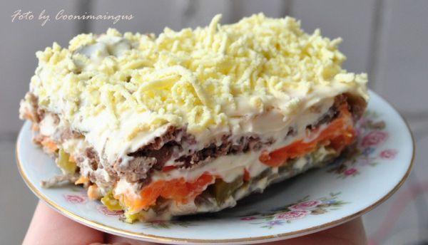 Салат слоеный инградиенты печень морковь
