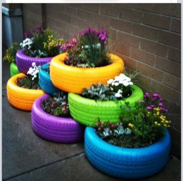 13 best images about tire flower garden on pinterest - Painted tires for flowers ...