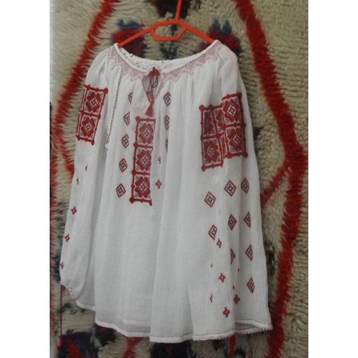 Romanian Embroidered Blouse Hateg