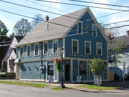 Water Prince Corner Shop and Lobster Pound - Ranked #7 Restaurant in Charlottetown   Looking forward to trying the Seafood Chowder! 141 Water Street, Charlottetown - (902) 368-3212