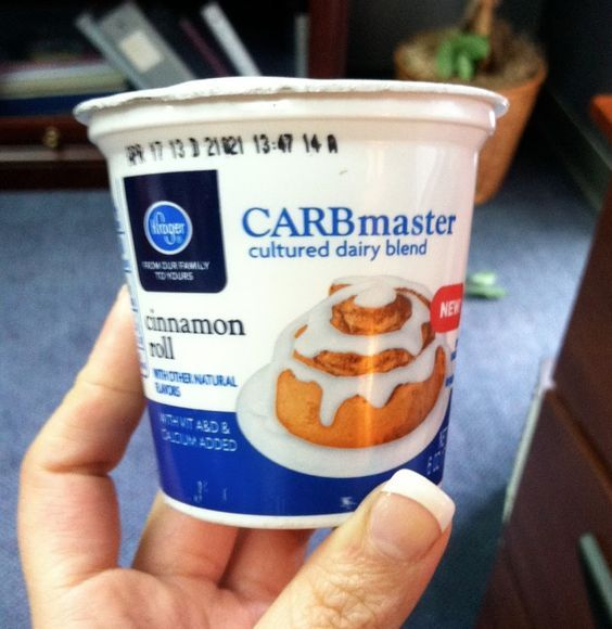 Carbmaster Cinnamon Roll yogurt