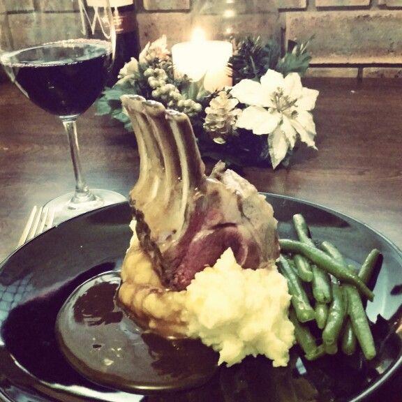 Lamb & smashed potatoes & wine