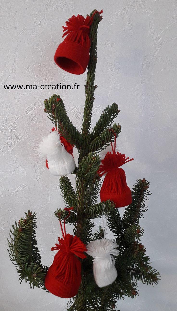 Bonnets en laine de Noël - http://www.ma-creation.fr/4671-2/