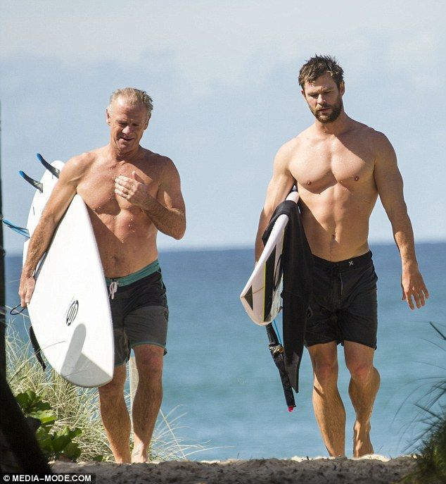 Chris Hemsworth and his equally buff father Craig go ...