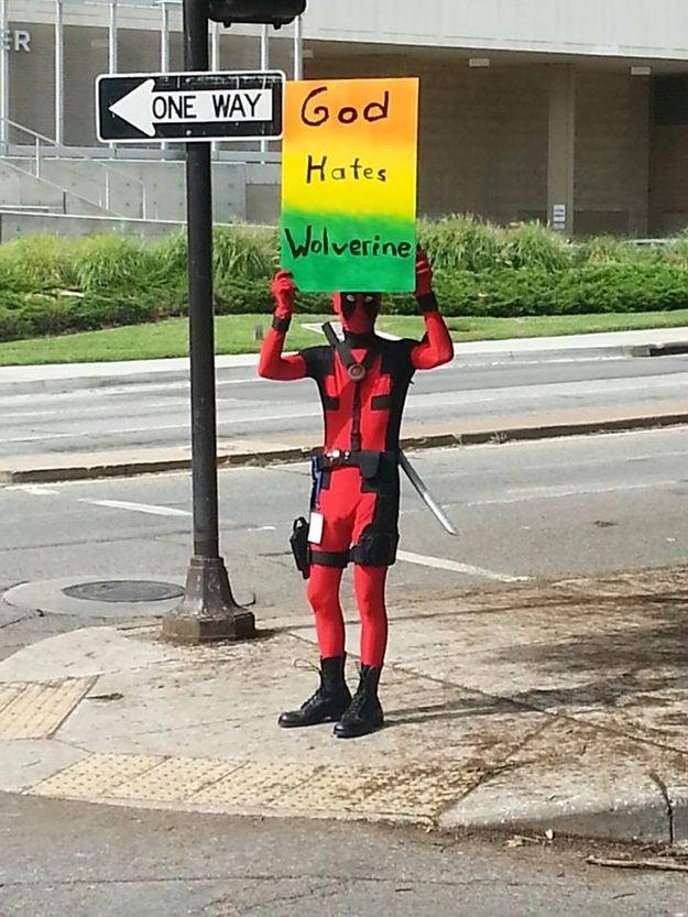 Oh Deadpool...ohmygoshohmygoshohmygoshofmygosh.... I have mixed messages. I love how this was turned around into something comedic.