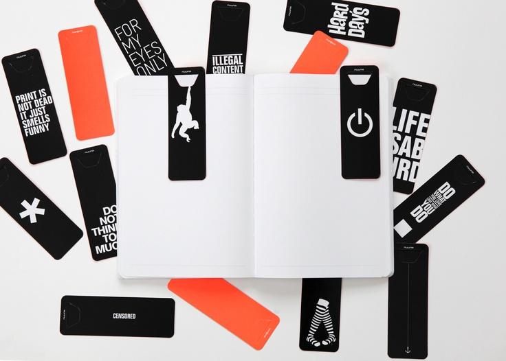 Brandbook Bookmarks mit unterschiedlichen Designs und Botschaften