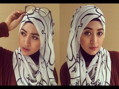 Video Cara Pakai Jilbab  Pada jaman modern ini berhijab sudah menjadi tren baik di kalangan ibu-ibu maupun remaja putri. Selain menunaikan k...