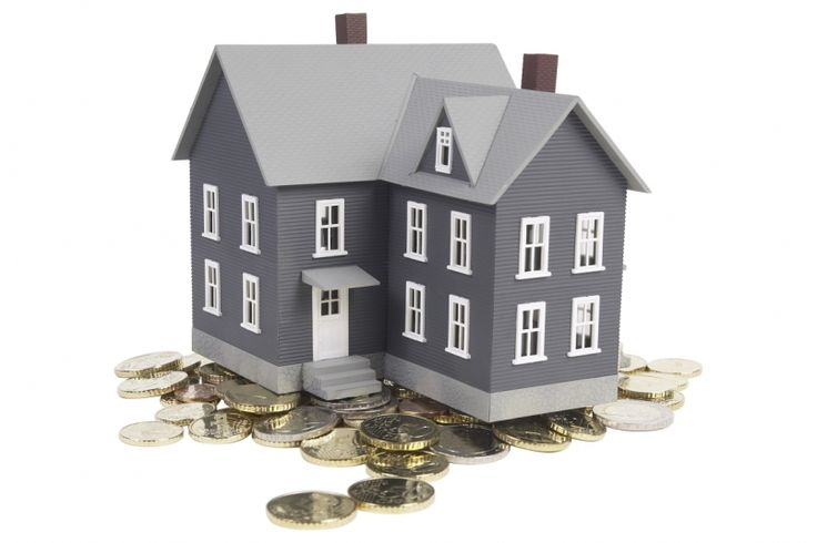 How to invest in property with Rs 2 lakh   If you have Rs2 lakh to invest, your bank may roll out a red carpet, your stock broker may inundate you with hot tips and the neighborhood jewellery may even offer a discount on making charges. However, you will probably get laughed out of the estate agent's office.