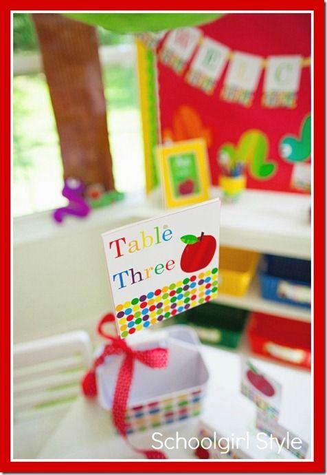 Apple Classroom Decor ~ Ideas about apple theme classroom on pinterest