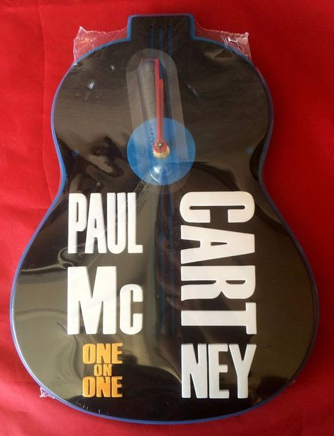 Paul McCartney Foam Guitar Clock 2017 One On One Concert Tour VIP Merchandise #PaulMccartney #clock #OneOnOne