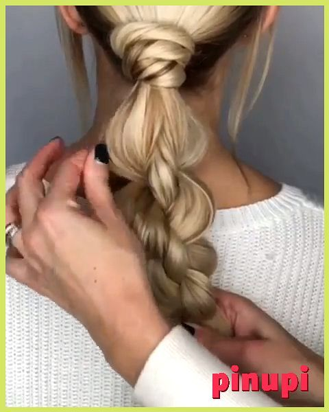 20 Stylish Updo Hairstyles That You Will Want To Try A Chic Style Of Hairstyle That Would Get You Going For All Your Casual Lazy Days Spring Morning