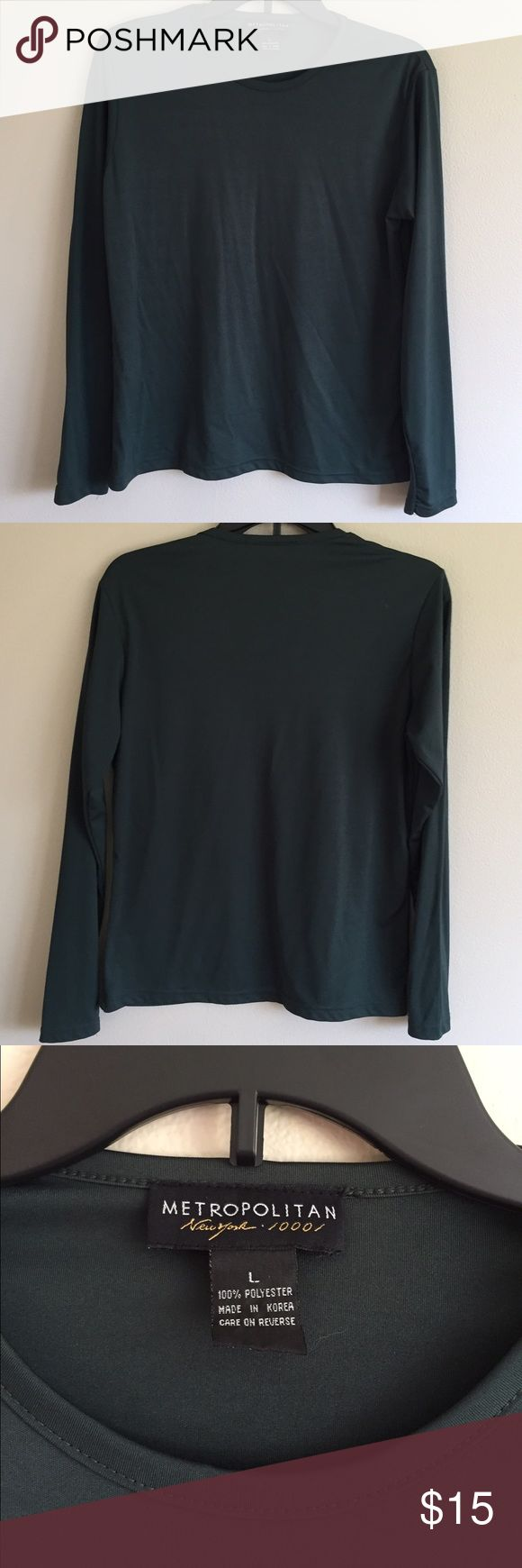 Dark Green Long Sleeve Top Dark Green Long Sleeve Top, 100% polyester, excellent Condition, size Large Metropolitan New York 10001 Tops Tees - Long Sleeve