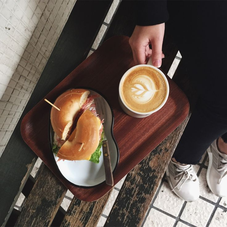 Coffee and Bagel, Cafe in Taipei