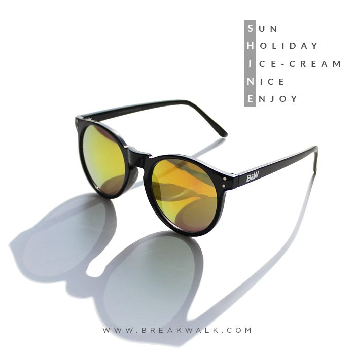 SUNNIES FOR WOMAN BREAK&WALK  TRENDS AND FASHION