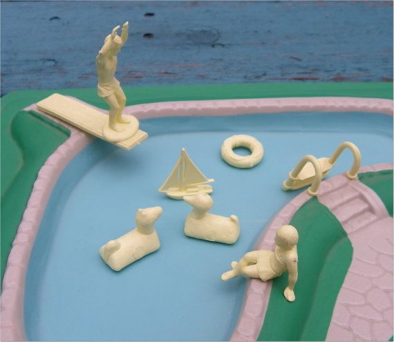 Marx Swimming Pool With Figures And Accessories 1960s Plastic Vintage Dollhouse Accessories
