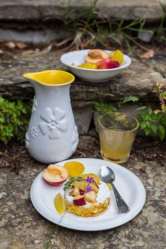 lemon polenta cake (gluten-free) ~ Torta di farina di mais by Juls1981, via Flickr