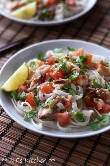 さば燻製とパクチー、トマトの冷やしフォー - KT's Kitchen&Garden