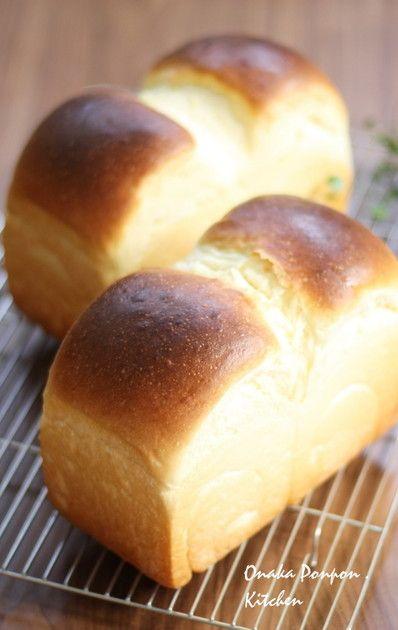 ミルクとたまご、バターの風味がリッチでほんのり甘い、ふわふわブリオッシュ風の山食です♪