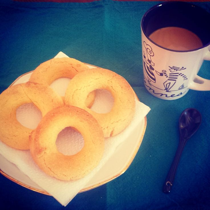 STOP EATING BADLY!: Colazione strong con i bussolai buranelli!