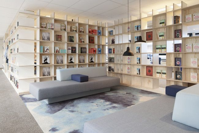 Bookcases. Lounge. Publisher. Office: interior design and project management by Heyligers design+projects. www.h-dp.nl