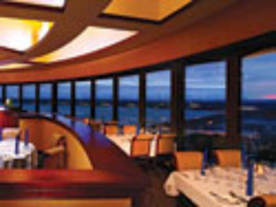 360 Grill Marriott Hotel Florence Al Enjoy A View Of The Tennessee River While Dining