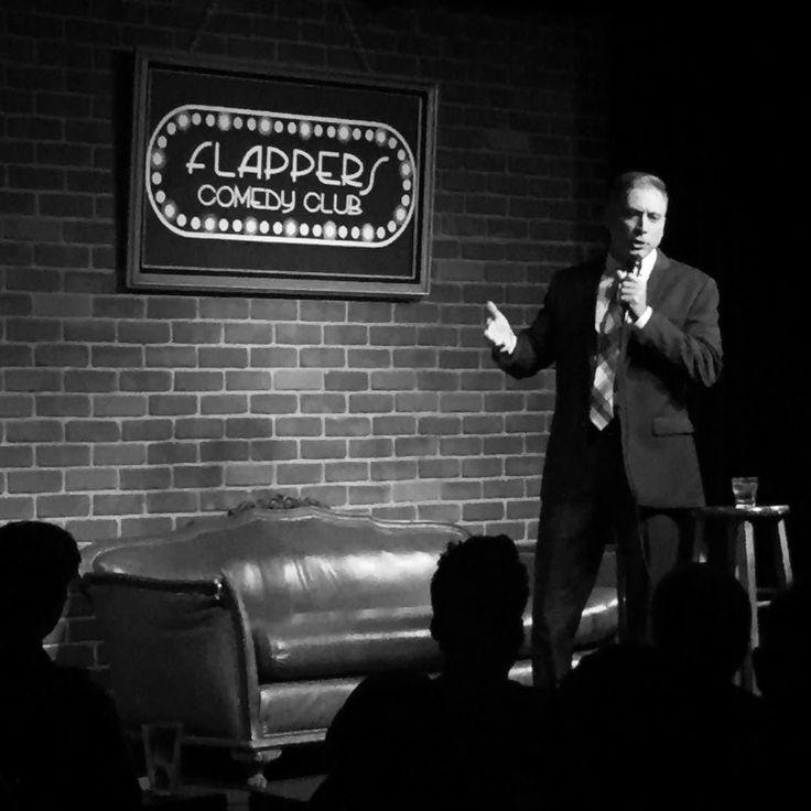 """""""All right everybody get in the car we're going to @wendys """" - tonight's main room headliner @lousantini riffs on his favorite fast food location  #standup #standupcomedy #flapperscomedy #flapperaburbank #comedy #comedians #comediansofinstagram #wendys #frosty #baconator"""