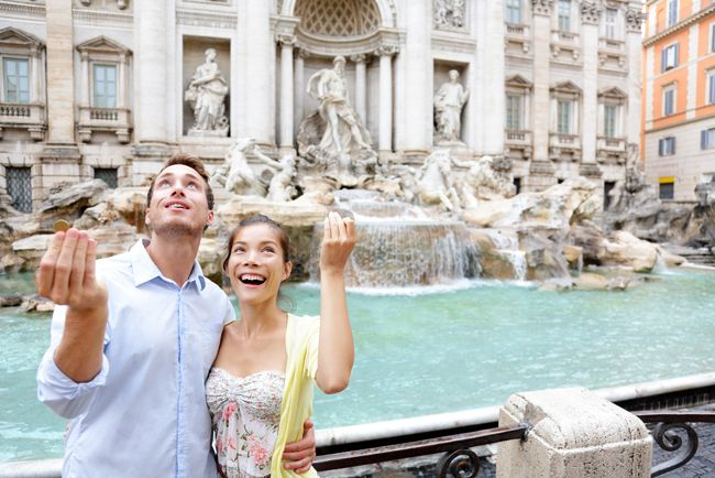 travel_italy_budget_vacation_trevi_fountain_coin_toss  Tips on Traveling in Italy on a Budget!