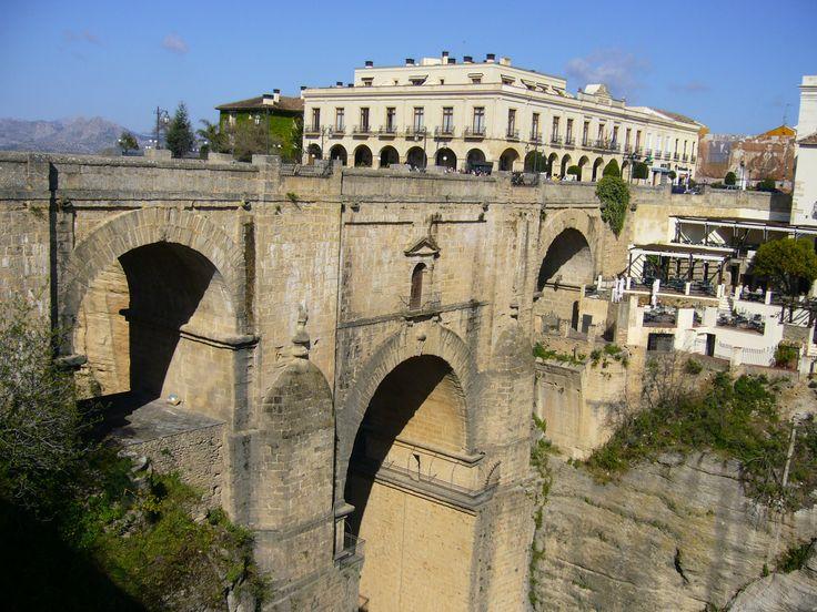 Puente de Ronda - Málaga con el Parador al fondo.