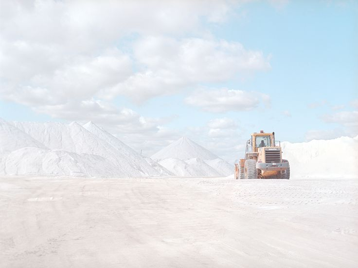 http://www.slate.com/blogs/behold/2014/04/20/emma_phillips_takes_simple_landscapes_of_a_salt_mine_in_her_book_salt_photos.html