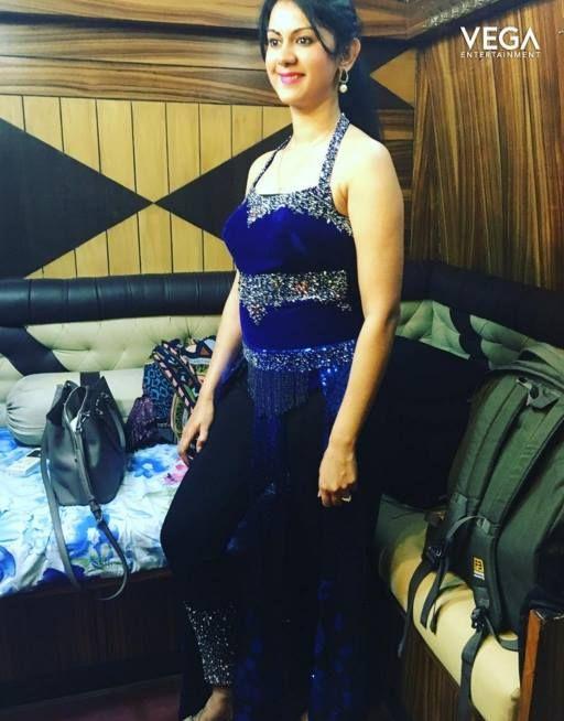 Actress Kamna Jethmalani   #kamnajethmalani #kamna #jethmalani #fashion #2017  #vegaentertainment #vega #entertainment
