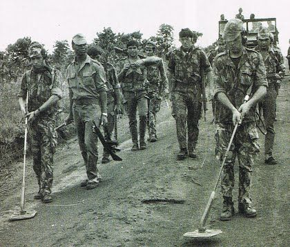 Portuguese army on patrol with mine detectors - African colonial war 1961-1974
