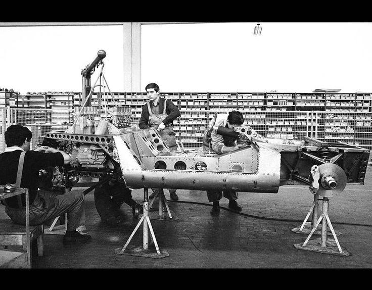 Mechanics building up the prototype P400 Miura at the Lamborghini Factory in Sant'Agata, October 1965 [Getty Images]