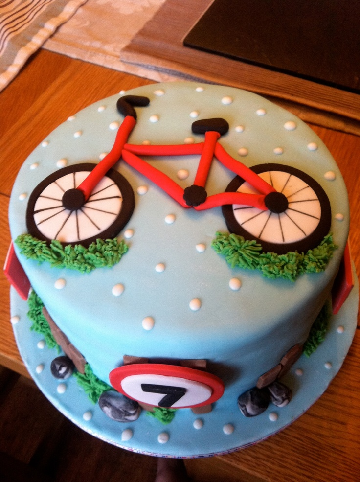 Bet this 7 year old loved his bike birthday cake
