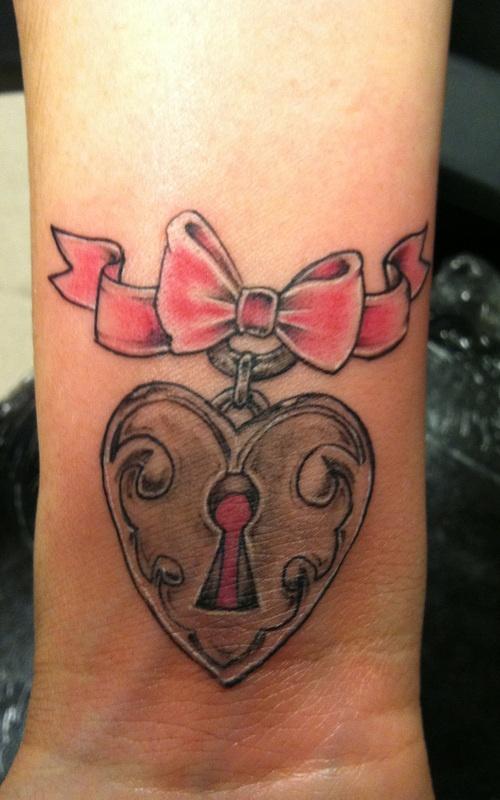 tattoo artist Pierre Papillon - Las Vegas Tattoo lounge