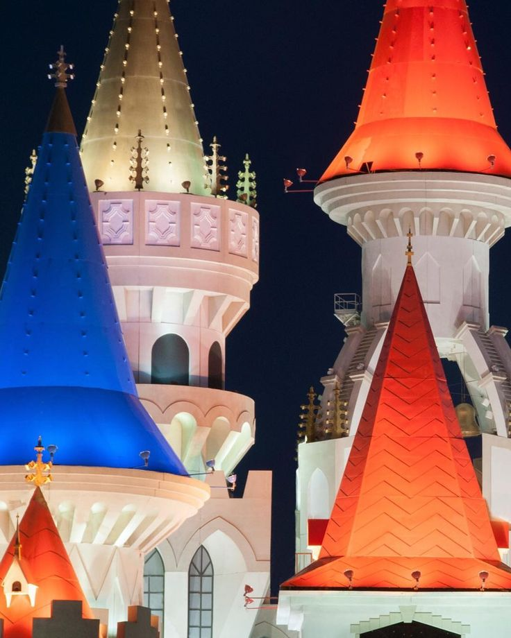 Cone Heads - This upside down looking ice cream cones are actually the top of the Excalibur hotel and casino in Las Vegas.  The whole top of the building looks like a castle. ------------------------------------ #vegas  #usa #america #lv #america #travel #city #natgeotravel #thevisualarchive #architecture #instatravel #natgeo @vegas #lasvegas_lv #lazyshutters #justgoshoot  #waytoill  #photosergereview #wbg_members #heatercentral #jaw_dropping_shots #ig_worldclub #worldshotz #myphotocrowd
