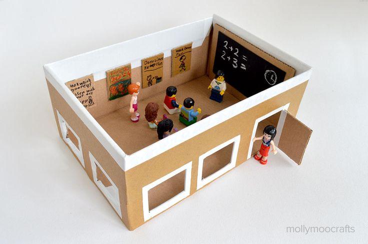 Kidissimo: Pour jouer à l'école : une salle de classe fabriquée avec une boîte à chaussures !
