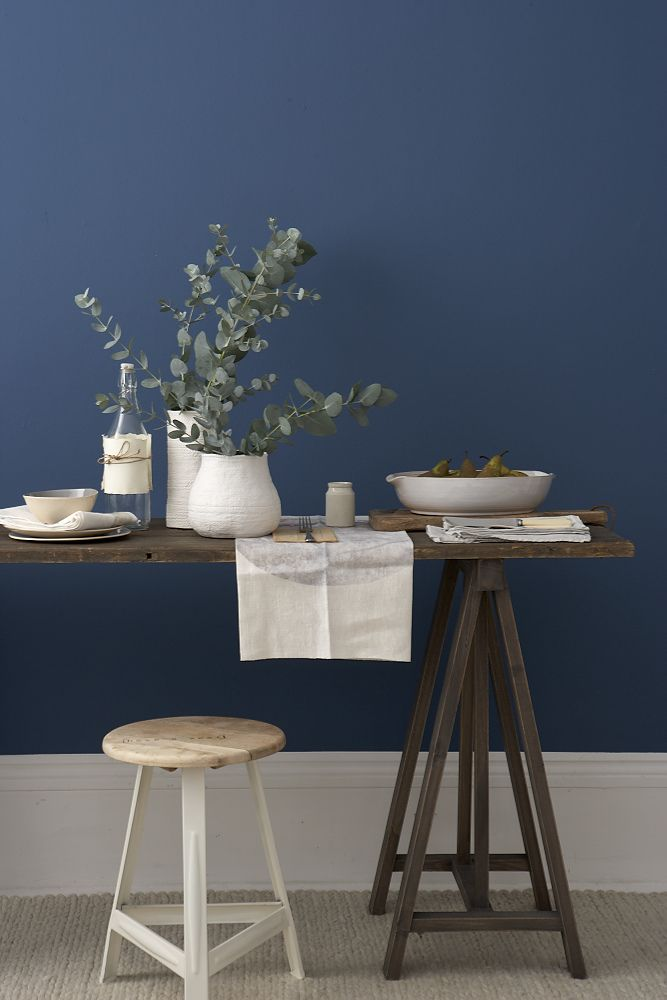 RUSTIC BLUE AND NATURAL TABLE GOODHOMES MAGAZINE FEBRUARY 2012 STYLING EMMA CLAYTON PHOTOGRAPHY MARK SCOTT