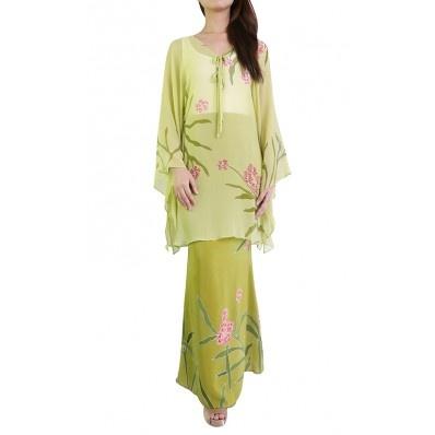 Bayou Batik Baju Kurung Alia in Green