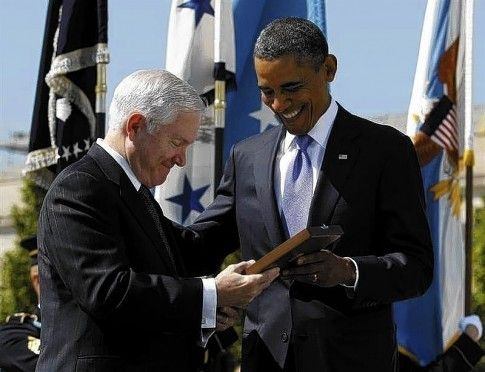 """The Robert Gates Books Shows Exactly Why Obama Is a Good President - """"...Gates was not happy with the president because he wanted his people to keep an eye on the Pentagon. After years of listening to George W. Bush tell us to believe the generals, it is comforting to have a president who won't let the Pentagon roam unsupervised...."""""""
