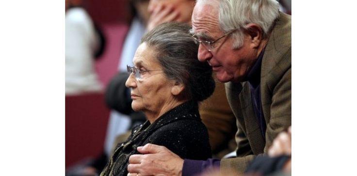 Antoine Veil, ancien haut fonctionnaire et dirigeant d'entreprises, mari de Simone Veil, est décédé dans la nuit de jeudi à vendredi à Paris à l'âge de 86 ans, a-t-on appris auprès de la famille. (c) Afp