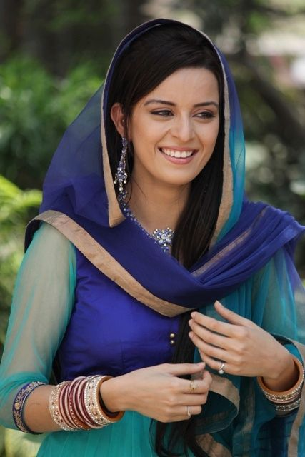 """Hot Pics of """"Mere Angne Mein"""" actress Ekta Kaul Check more at http://cinebuzz.org/pics/indian-tv-serials/hot-pics-of-mere-angne-mein-actress-ekta-kaul/"""