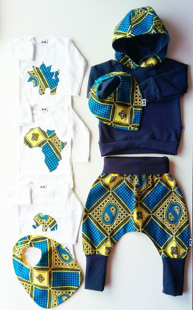 Ensemble sweat bébé en wax par Kytoko-kytoko pour Afrikrea. https://www.afrikrea.com/article/sweat-shirt-kaz-navy-vetements-enfants-bleu-unisexe-coton-wax/2S1SBTF?utm_content=buffer1501d&utm_medium=social&utm_source=pinterest.com&utm_campaign=buffer