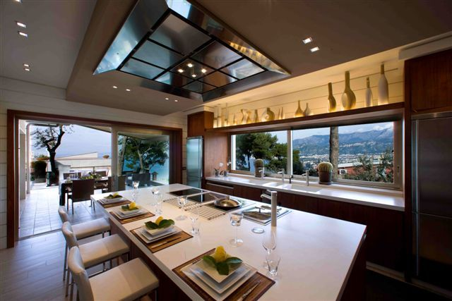 Eat a good breakfast - there's no better meal to help fuel a great day #luxury #kitchen #italy
