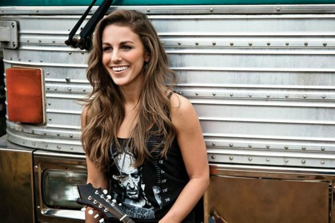 You NEED To Check Out Country Music's Fierce Rising Star Tara Thompson