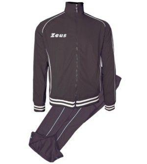 Fekete-Fehér Zeus Shox Utazó Melegítő Szett lágy, puha, kényelmes, nadrágrész térdig cipzáros, klasszikus, de mégis enyhén karcsúsított vonalvezetésű. Kopásálló, tartós, könnyen száradó a Zeus Shox melegítő. A teljes korosztály számára, ideális a hímzett feliratú melegítő. Fekete-Fehér Zeus Shox Utazó Melegítő Szett 8 méretben és további 6 színkombinációban érhető el.
