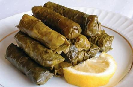 Dolma!!  One of my favorite foods for more than 20 years....hmmm, just looking at this, I'm craving some...they're really addictive.  ^..^