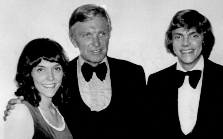 Karen and Richard Carpenter with Frank Pooler